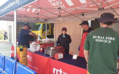 RAPID RELIEF TEAM IN CANUNGRA FEEDING 100 FIREFIGHTERS ON THE FIRE FRONT