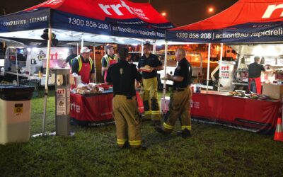 LOCAL CHARITY RAPID RELIEF TEAM FEEDS WEARY QUEENSLAND FIRIES AT HEMMANT FIRE